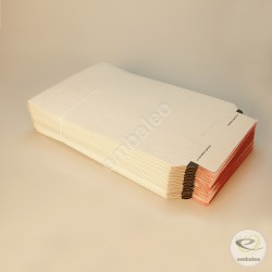 Weiße Kartonumschläge A4 23,5 x 34 cm